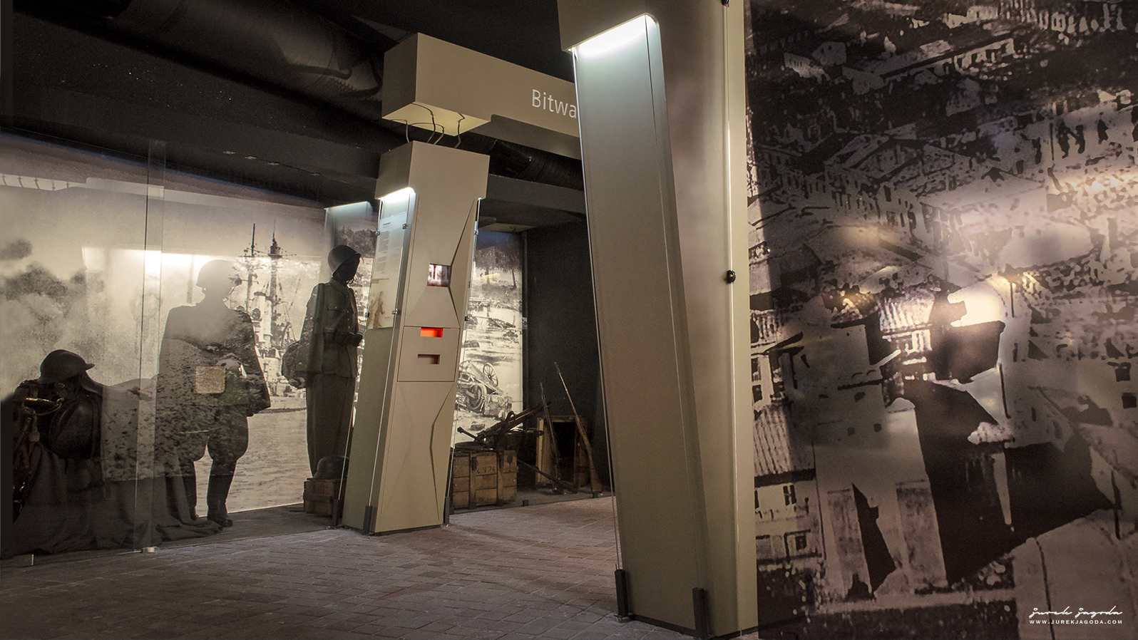 Museum Of The Home Army, Cracow. Permanent exhibition design.